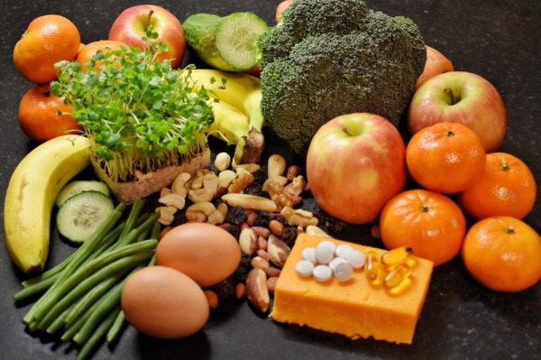 Prolina - bancada com alimentos diversos